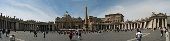 panoramska slika bazilike sv. Petra v Vatikanu