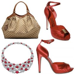torbica Gucci, dragulji Bulgari in čevlji Farragamo